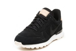 nike-internationalist-dames-zwart-828404 017-zwarte-sneakers-dames
