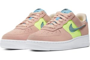 nike-air force 1-dames-roze-cj1647-600-roze-sneakers-dames