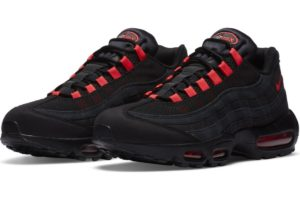 nike-air max 95-heren-zwart-da1513-001-zwarte-sneakers-heren
