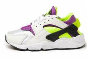nike-huarache-dames-wit-dh4439 101-witte-sneakers-dames